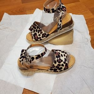Fashion faux suede animal print espadrille sandals